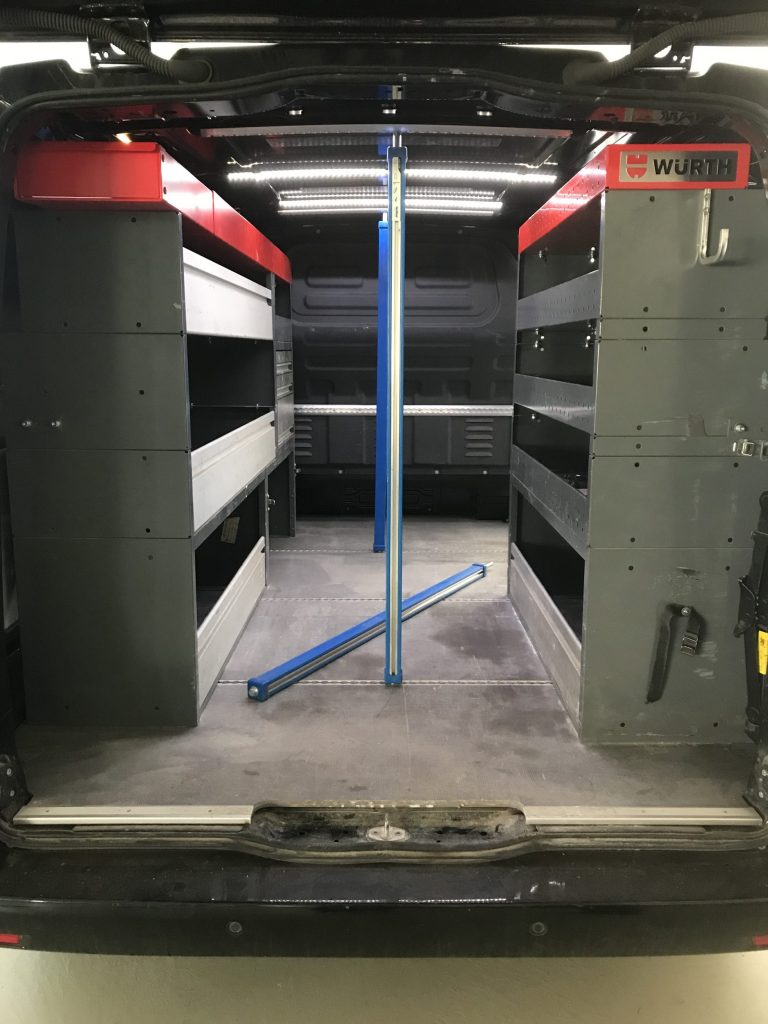 Gebrauchte Fahrzeugeinrichtung Sowork